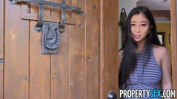 Porno, Sex, Mit, Blonde Japanische Mädchen Gefickt In Der Hütte In Ihrem Großen Mund