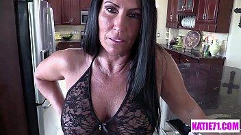 Die Austragung Der 55-Jährige Miss Schwanz Und Meine Finger In Ihre Muschi