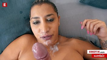 Milfa Suck A Big Dick Full Of Cum Until He Ejaculates On Her Face