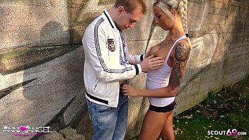 Jungfrau Junge Von Blonder Hure Mit Breiter Muschi Gefickt
