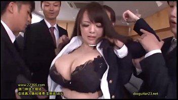 Xxx Japanische Mit Großen Titten Zu Greifen Im Büro, Von Vielen Gefickt