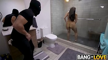 Hot How To Fuck A Chick, Where's Next Top Model Xxx In The Shower